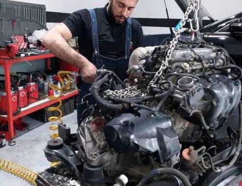 تعمیر موتور تویوتا کمری SE
